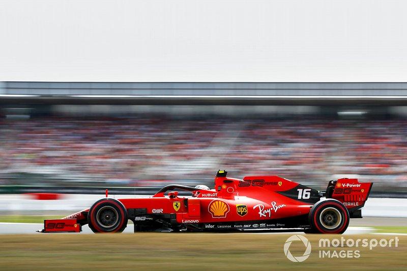 10 - Charles Leclerc conseguiu avançar ao Q3, mas teve problemas em seu carro e não marcou tempo