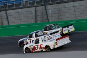 Brandon Jones, Kyle Busch Motorsports, Toyota Tundra SoleusAir/Menards Brennan Poole, On Point Motorsports, Toyota Tundra