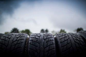 Дождевые шины