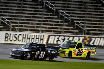 Greg Biffle, Kyle Busch Motorsports, Toyota Tundra Toyota and Matt Crafton, ThorSport Racing, Ford F-150 Chi-Chi's/Menards