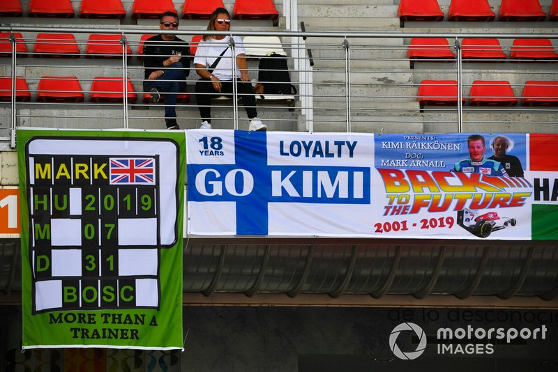 Banners for Kimi Raikkonen, Alfa Romeo Racing