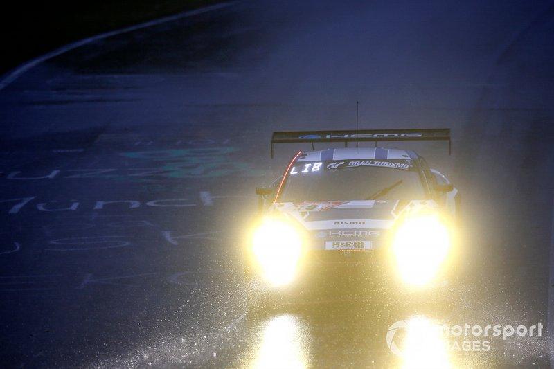 #39 KCMG Nissan GT-R Nismo GT3: JP Oliviera, Joshua Burdon, Philipp Wlazik, Christian Menzel