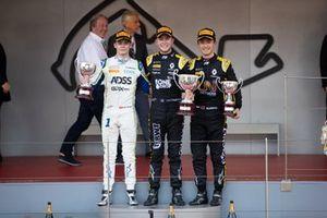 Guanyu Zhou, UNI Virtuosi Racing Anthoine Hubert, Arden Louis Deletraz, Carlin