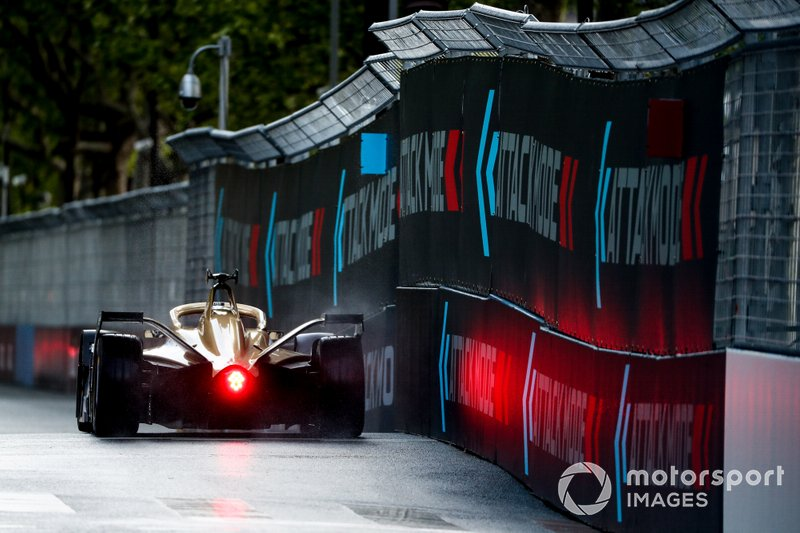 Andre Lotterer, DS TECHEETAH, DS E-Tense FE19, in the attack mode activation point