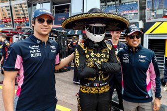 Lance Stroll, Racing Point and Sergio Perez, Racing Point pose for a photograph with Mario Achi, Mexican GP Promoter