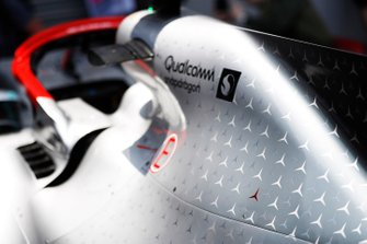 Red 3-pointed star on the bodywork of the Mercedes AMG F1 W10 in honour of Niki Lauda