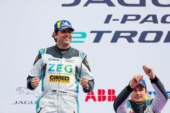 Cacá Bueno, Jaguar Brazil Racing, 1st position, celebrates on the podium