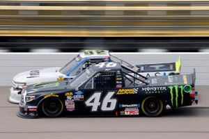 Riley Herbst, Kyle Busch Motorsports, Toyota Tundra Monster Energy/Advance Auto Parts and Tyler Dippel, Young's Motorsports, Chevrolet Silverado Jersey Filmmaker