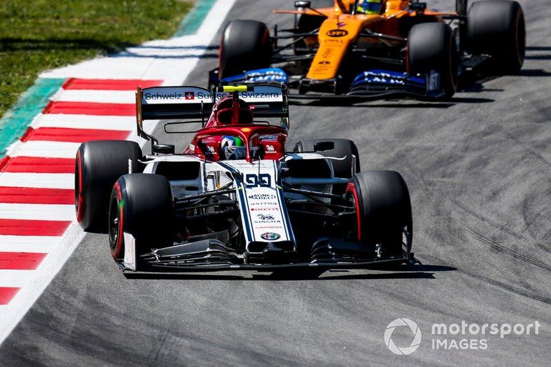 Antonio Giovinazzi, Alfa Romeo Racing C38, Lando Norris, McLaren MCL34