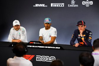 Valtteri Bottas, Mercedes AMG F1, 2nd position, Lewis Hamilton, Mercedes AMG F1, 1st position, and Max Verstappen, Red Bull Racing, 3rd position, in the Press Conference
