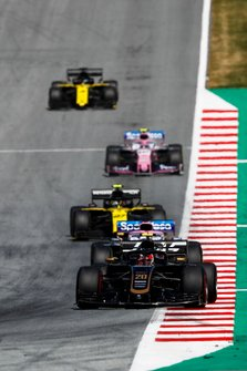 Kevin Magnussen, Haas F1 Team VF-19, leads Sergio Perez, Racing Point RP19, Nico Hulkenberg, Renault F1 Team R.S. 19, Lance Stroll, Racing Point RP19, and Daniel Ricciardo, Renault F1 Team R.S.19