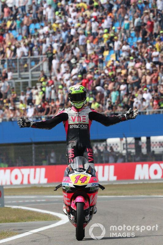 Il vincitore della gara Tony Arbolino, Team O