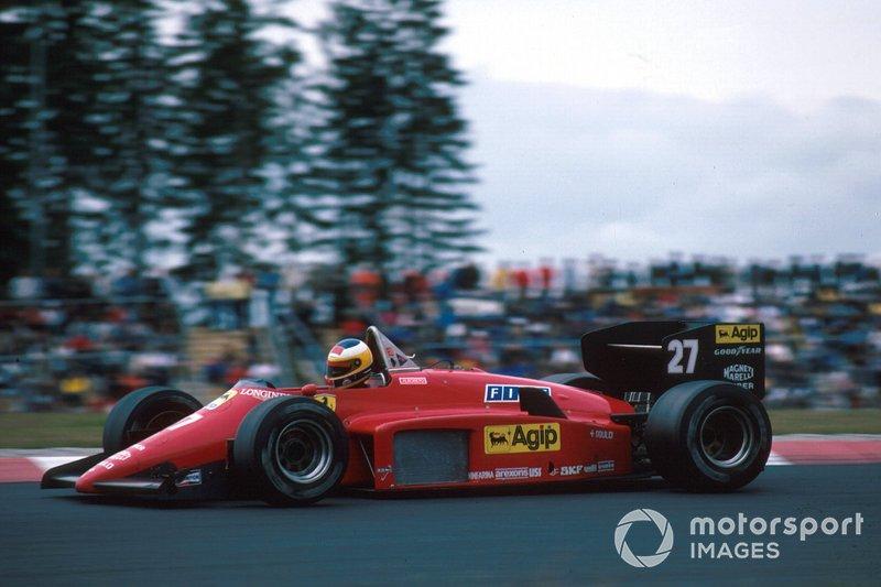 В этот раз история оказалась короткой – после пары гонок Берни Экклстоун сделал выбор в пользу «Хоккенхаймринга», вновь оставив окрестности замка Нюрбург без Формулы 1