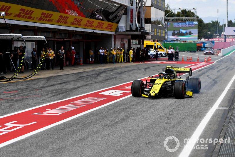 Nico Hulkenberg, Renault R.S. 19, rientra con l'ala anteriore rotta durante la Q1