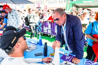 A fan meets Andre Lotterer, DS TECHEETAH at the autograph session