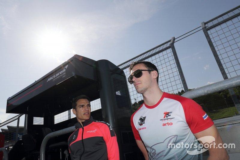#720 McLaren Customer Racing Japan McLaren 720S GT3: Alex Palou, #35 Arto Panther Team Thailand Lexus RC F GT3: Sean Walkinshaw