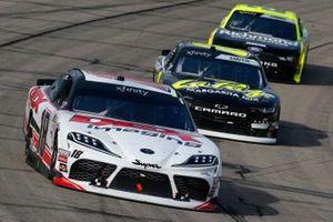 Harrison Burton, Joe Gibbs Racing, Toyota Supra Dex Imaging mand Zane Smith, JR Motorsports, Chevrolet Camaro LaPaz Margarita Mix