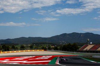 Sergio Perez, Racing Point RP19, leads Sebastian Vettel, Ferrari SF90