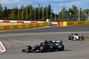 Lewis Hamilton, Mercedes F1 W11, Pierre Gasly, AlphaTauri AT01