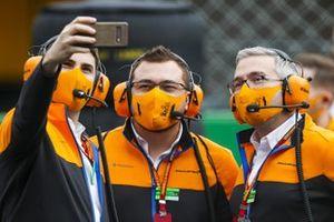 Los mecánicos de McLaren
