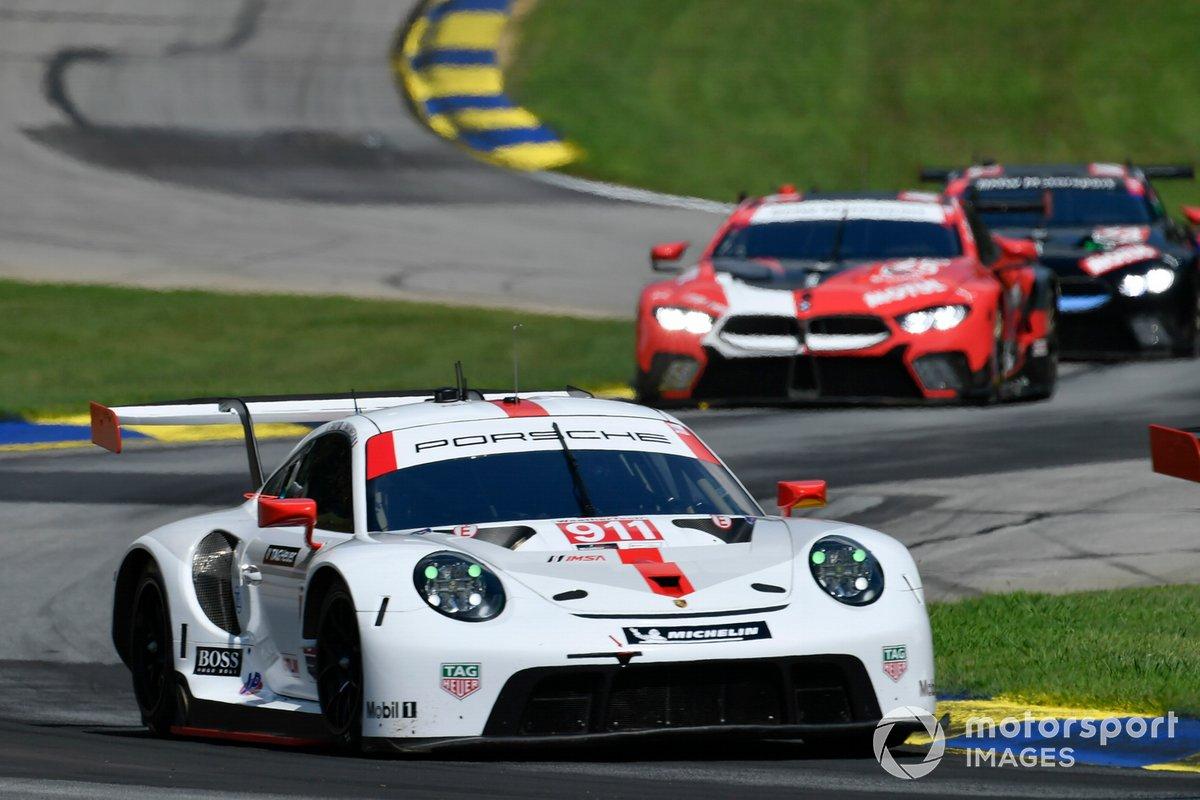 #911 Porsche GT Team Porsche 911 RSR - 19, GTLM: Nick Tandy, Fred Makowiecki, #25 BMW Team RLL BMW M8 GTE, GTLM: Connor De Phillippi, Bruno Spengler, #24 BMW Team RLL BMW M8 GTE, GTLM: John Edwards, Jesse Krohn