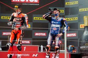 Garrett Gerloff, GRT Yamaha, Chaz Davies, ARUBA.IT Racing Ducati