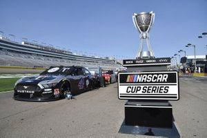 NASCAR Cup Trophy Las Vegas Motor Speedway #4: Kevin Harvick, Stewart-Haas Racing, Ford Mustang Mobil 1