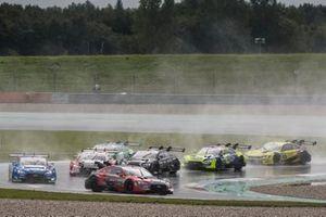 Loic Duval, Audi Sport Team Phoenix, Audi RS 5 DTM leads
