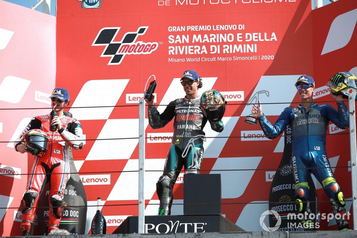 Podio: segundo lugar Francesco Bagnaia, Pramac Racing ganador Franco Morbidelli, Petronas Yamaha SRT y tercer lugar Joan Mir, Team Suzuki