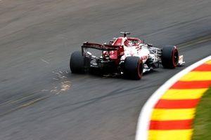 Scintille generate dall'auto di Kimi Raikkonen, Alfa Romeo Racing C39