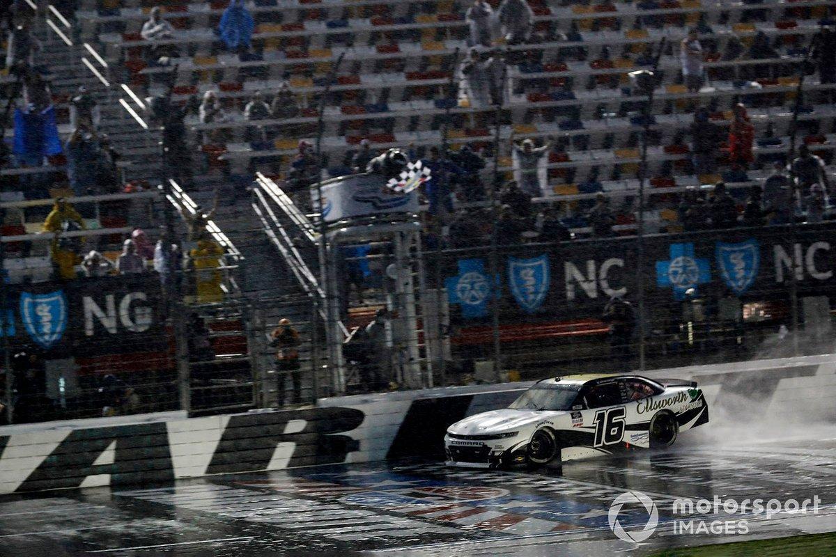 Rennsieger: A.J. Allmendinger, Kaulig Racing, Chevrolet Camaro