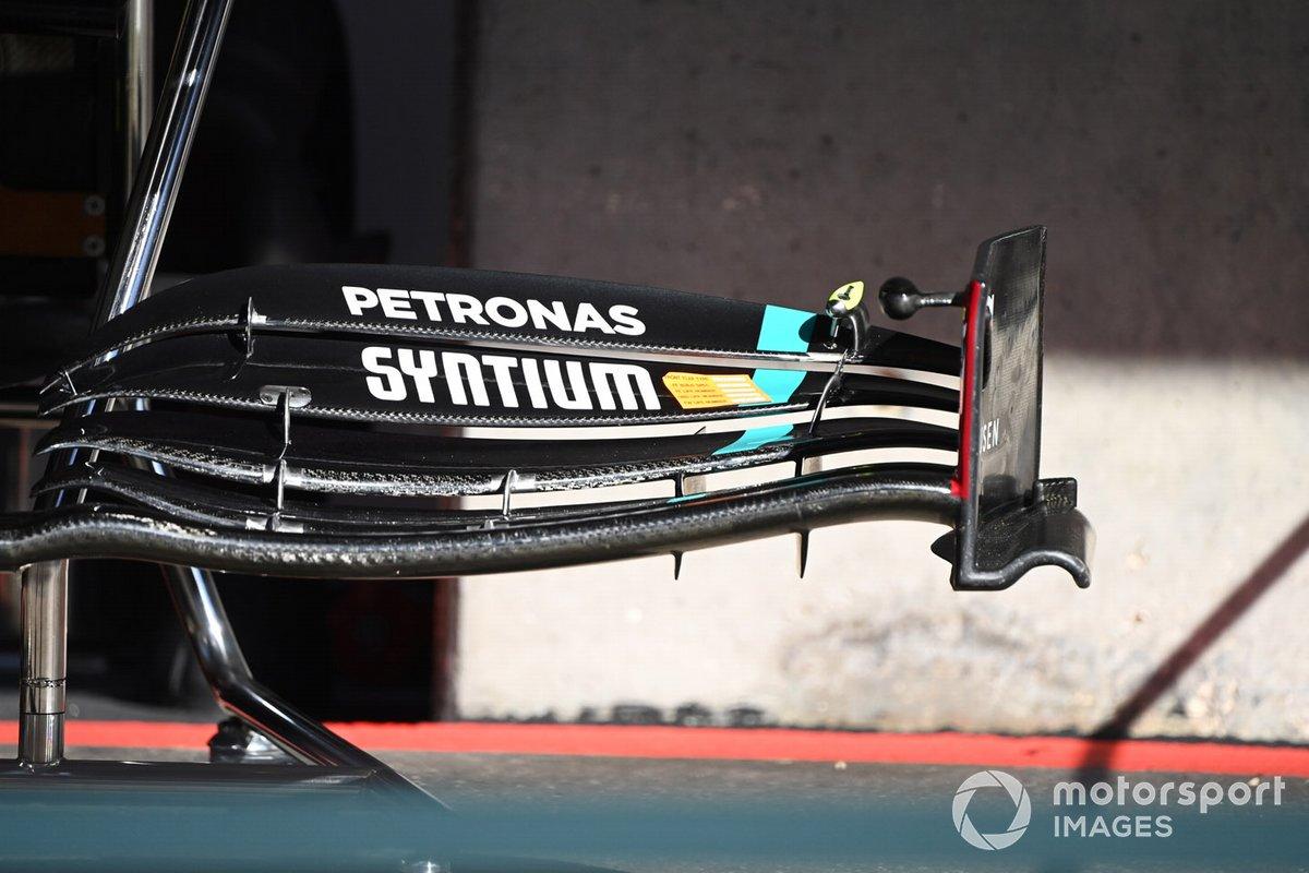 Detalle técnico del Mercedes