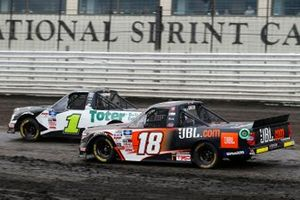 Hailie Deegan, Team DGR, Ford F-150 Toter / Engine Ice, Chandler Smith, Kyle Busch Motorsports, Toyota Tundra JBL