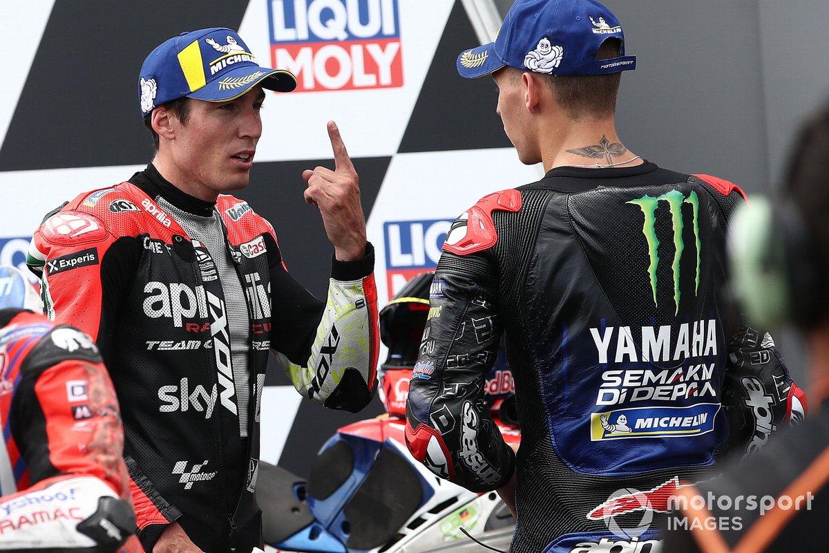 Segundo Fabio Quartararo, Yamaha Factory Racing, tercero Aleix Espargaró, Aprilia Racing Team Gresini