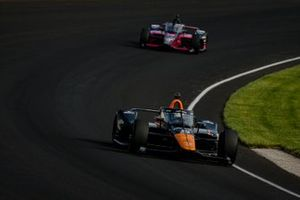 Patricio O'Ward, Arrow McLaren SP Chevrolet, Helio Castroneves, Meyer Shank Racing Honda