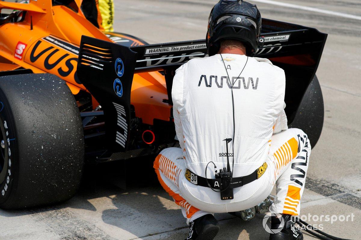 Patricio O'Ward, Arrow McLaren SP Chevrolet miembros del equipo