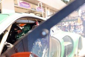 #93 Proton Competition Porsche 911 RSR - 19: Michael Fassbender