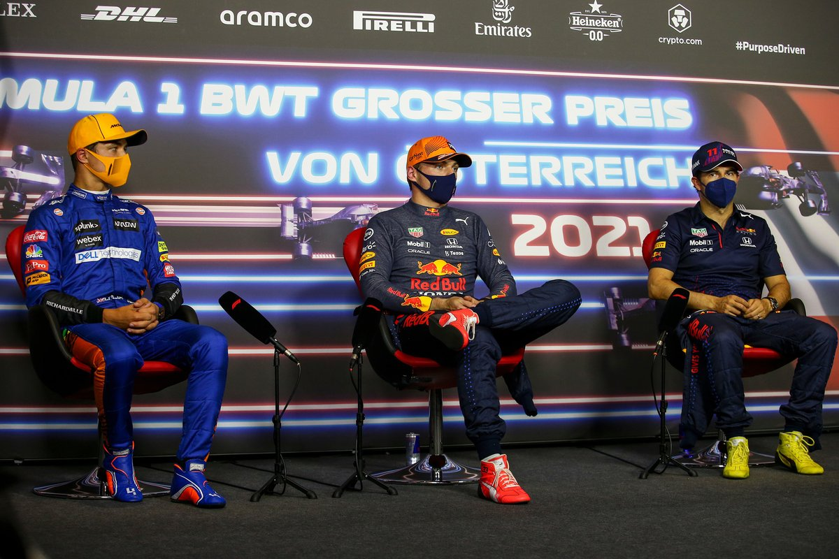 Lando Norris, McLaren, Max Verstappen, Red Bull Racing, Sergio Pérez, Red Bull Racing en la conferencia de prensa