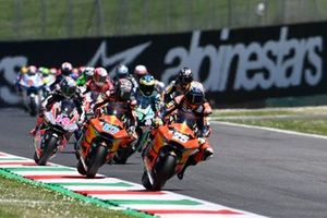 Start action, Raul Fernandez, Red Bull KTM Ajo leads