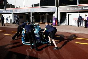 Tom Blomqvist, NIO 333, NIO 333 001, is pushed back into his garage