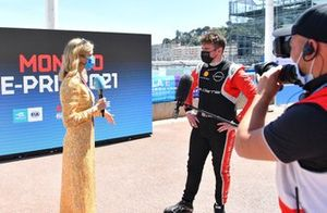 TV Presenter Nicki Shields interviews Oliver Rowland, Nissan e.dams
