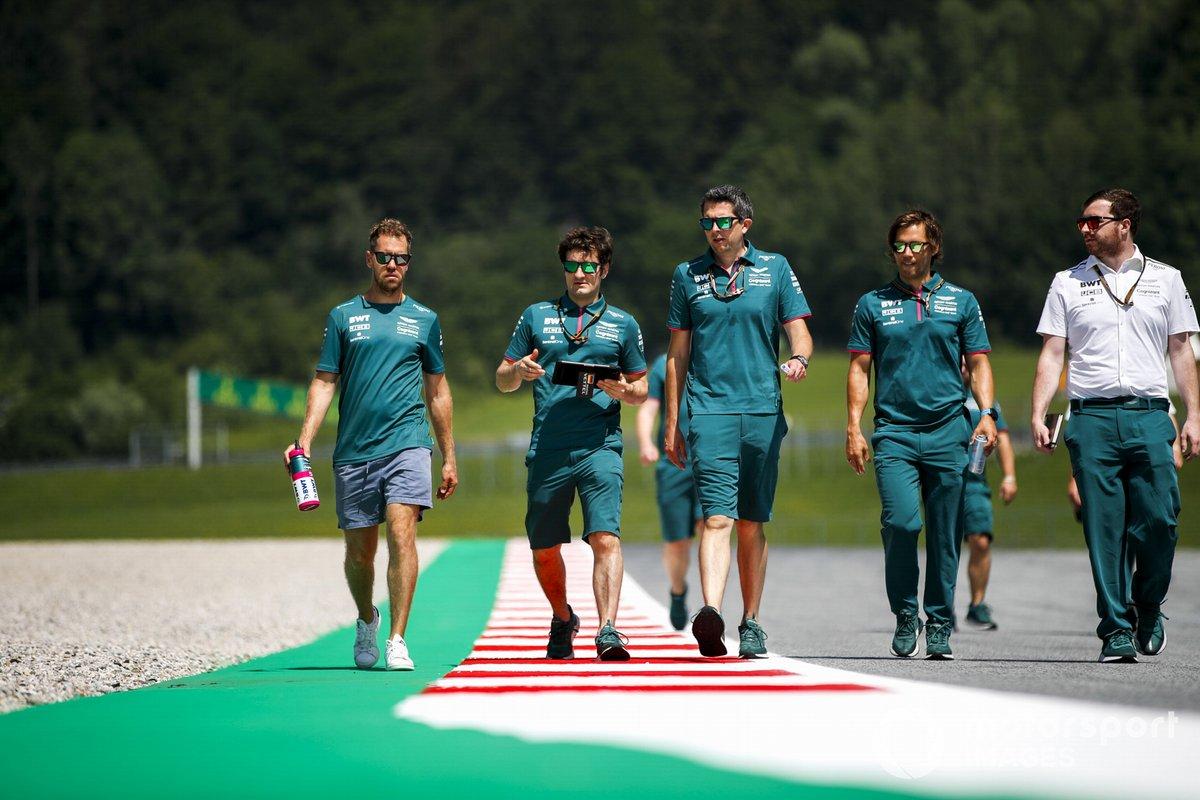 Sebastian Vettel, Aston Martin, recorre la pista del GP de Estiria