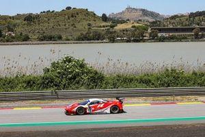 #11 Kessel Racing, Ferrari 488 GT3 Evo: Stephen Earle, David Perel