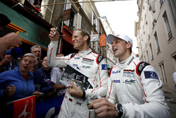 Эрл Бамбер, Йорг Бергмайстер, #92 Porsche Motorsport Porsche 911 RSR