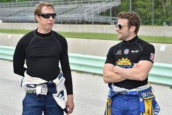 Brad Keselowski, Team Penske et Marco Andretti, Andretti Autosport Honda