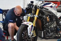 Team Penz13.com BMW Motorrad Motorsport, Mecánico Peter Bleackley