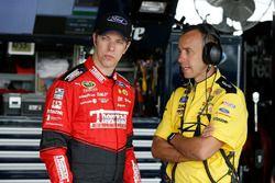 Brad Keselowski, Team Penske Ford talks to his crew chief Paul Wolfe