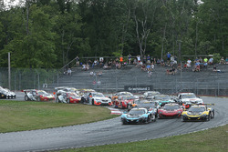 Start: #6 K-Pax Racing, McLaren 650S GT3: Austin Cindric