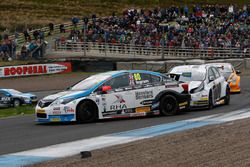 Tom Ingram, Speedworks Motorsport; Mat Jackson, Motorbase Performance