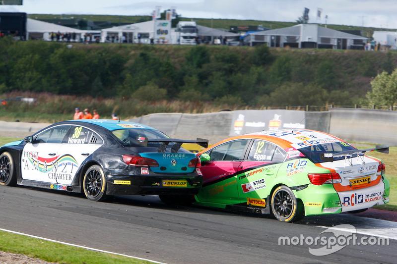 Mark Howard, BKR; Michael Epps, RCIB Insurance Racing